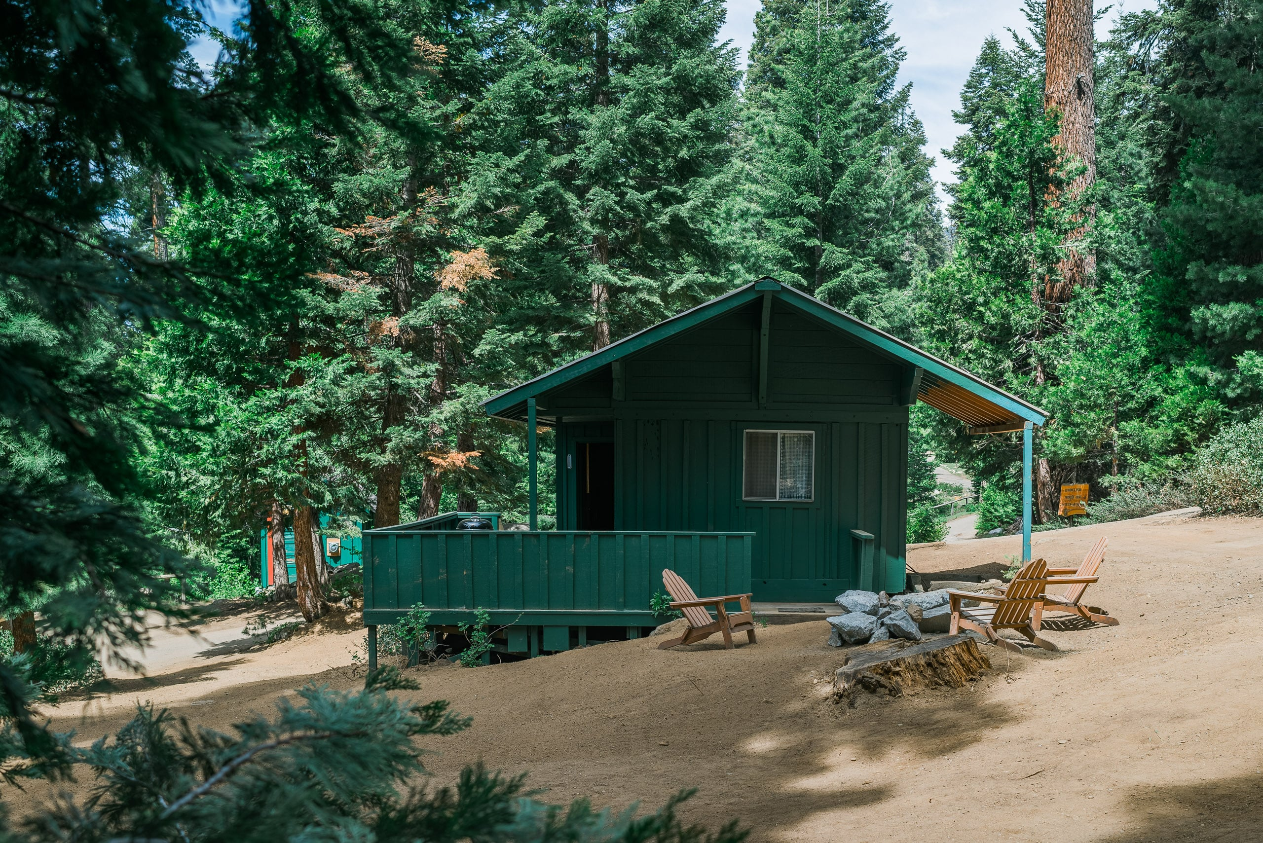 road county in sequoia giants this tulare national forest pinterest pin yellow cabins like my brick